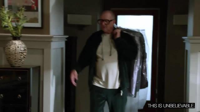 Modern Family: Columbian Clothing Coincidence