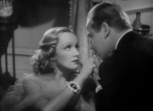 "Importance of off-screen space in Lubitsch's ""Angel"""