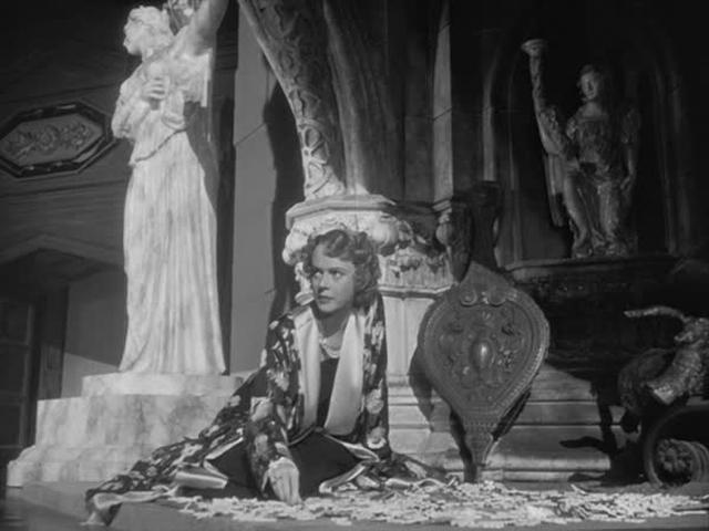 Film Citizen Kane Xanadu Living Room Matte Critical