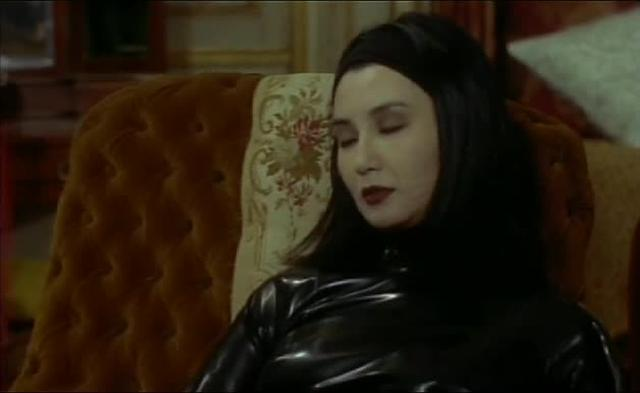 Irma Vep (1996): Les Vampires On Set