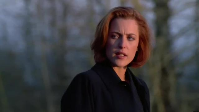 Cyberpunk dream of artificial intelligence in the X-Files Kill Switch