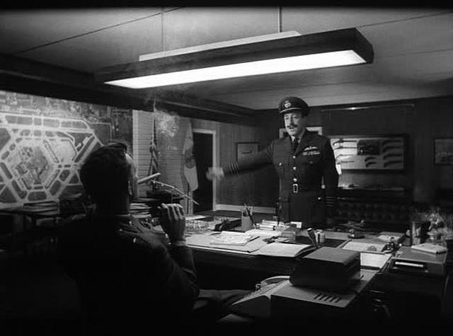 Dr. Strangelove  - 16m - jk