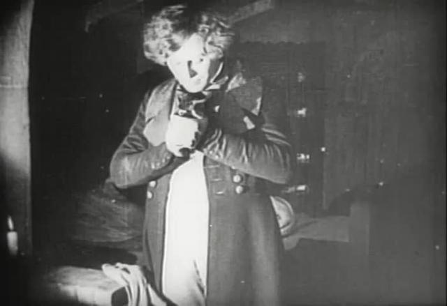 Nosferatu (1922) - Nosferatu visits Jonathan Harker