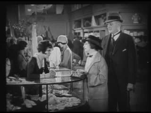 "It (1927) - A shopgirl that has ""It"""