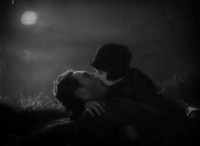 Sunrise (1927) - The Plot