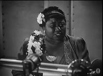 Hattie McDaniel winning Academy Award for Best Supporting Actress 1940