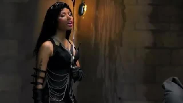 Dual Drag of Nicki Minaj (Monster)