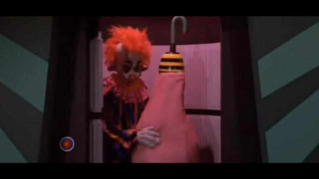 Killer Klowns from Outer Space (1988): Dog Balloon Scene